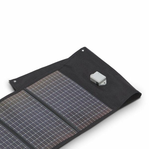 503056 Portable Solar Battery-Open CROP-min