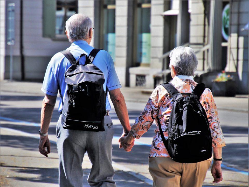 senior travelling